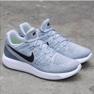 Nike lunarepic running shoes